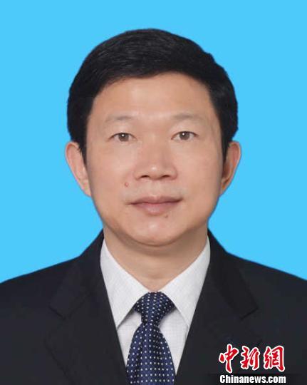 阅读更多关于《江西卫计委主任李利任副省长(图/简历)》
