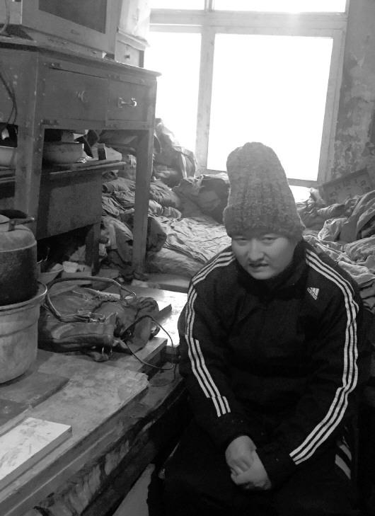 俄孤儿被美国养母抛弃回国 12月2日早间港股停复牌公告