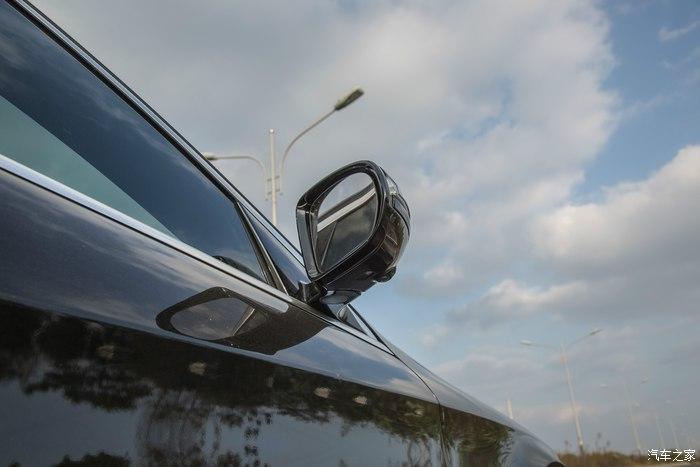 【随拍】迈巴赫S级-S400 4MATIC - 随手一拍与大家分享