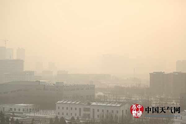 辽宁正遭遇入冬以来最长雾霾天气 多地现重度霾
