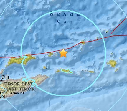 班达海发生6.5级地震 震源深度158.7千米