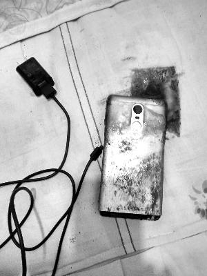 智东西早报:台湾三大手机品牌无一达销售目标 小米手机被报自燃保密才给赔偿