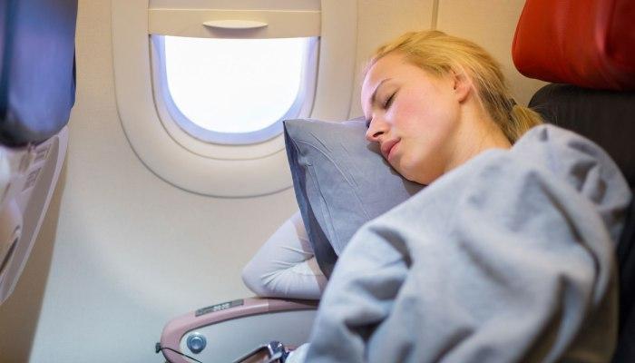 乘坐飞机会给我们的身体带来这11种变化