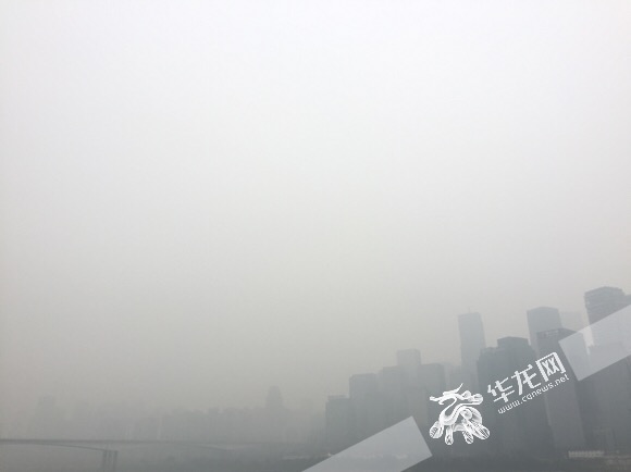 """未来三天重庆阴雨天气唱主角 6日雾霾""""杀青""""空气质量好转"""