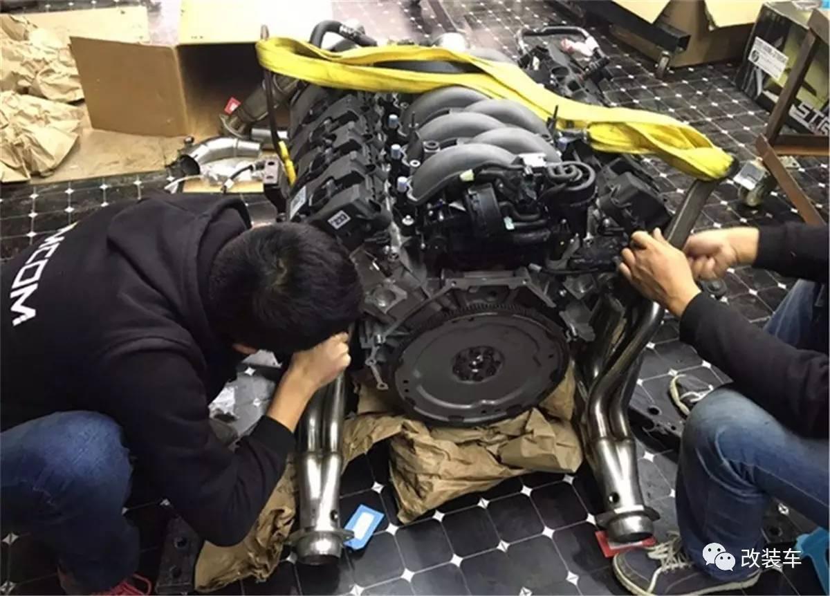 全国首台移植v8引擎的福特野马图片