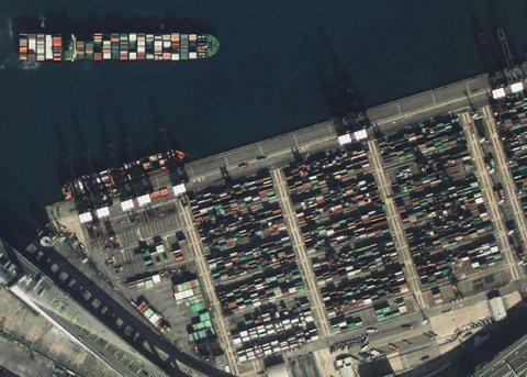 图中为香港中远货运中心。中国航天科技集团公司提供