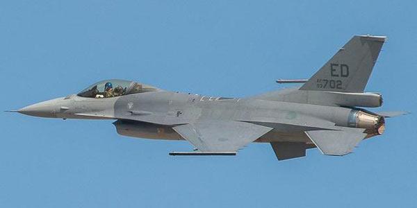 成功首飞的F-16V