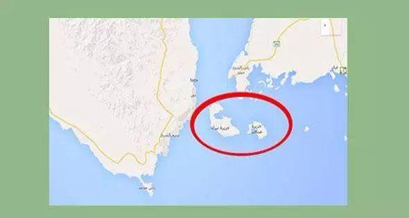 今天,埃及最高行政法院就红海两岛屿(蒂朗岛和塞纳菲尔岛)的归属问题作出裁决,裁决维持原判,在大量法理依据的基础上依旧判决两岛屿属于埃及。   自2016年4月至今,埃及红海两岛(蒂朗岛和塞纳菲尔岛)的归属问题一直困扰着埃及政府,政府和军方在与沙特的海上联合划界方案中把红海两岛划给沙特,但是,这一划界方案在埃及议会和民间引发轩然大波,抗议声浪不断,认为政府这是为了得到沙特经济援助采取的卖国行为。   前不久,僵持不下的议会和内阁均同意把此方案再次交由埃及最高行政法院进行最终的司法裁决。今天,最高行政法