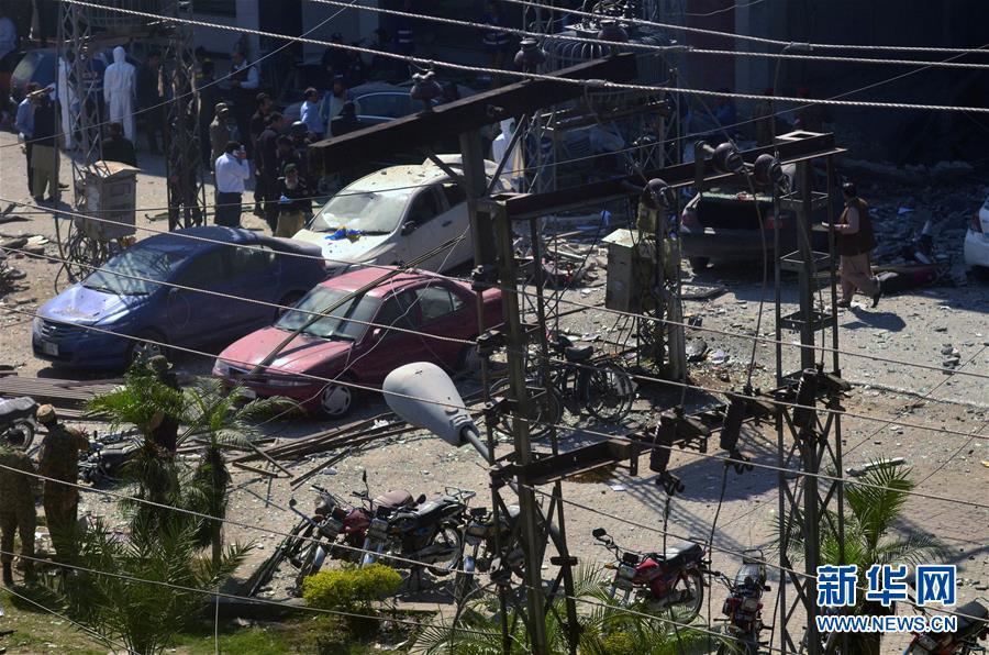 巴基斯坦旁遮普省首府拉合尔发生爆炸