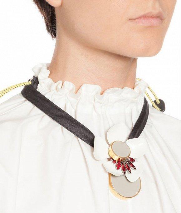 Marni金属花卉缎带项链