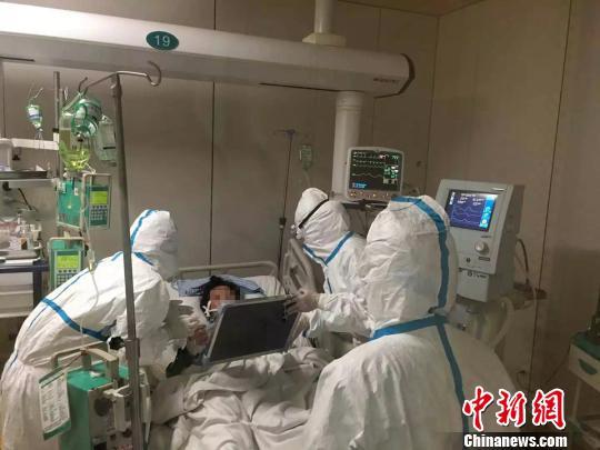 湖南一极重症H7N9禽流感患者经43天救治康复出院