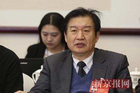全国政协委员、著名编剧王兴东。新京报记者 侯少卿 摄