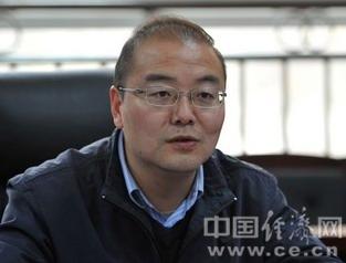 四川省教育厅副厅长何浩接受组织审查(图|简历