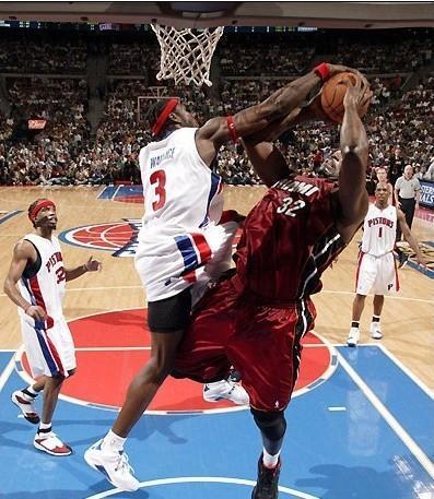 NBA史上能从1防到5的巨星,现役只有一人,狼王堪称球员恶梦