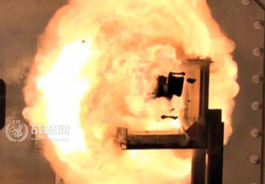 解放军少将解决关键技术:中国轨道炮横空出世