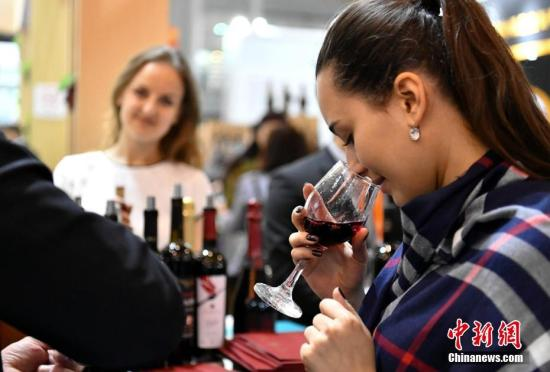 华媒:提高品牌实番石榴图片力 葡萄牙红酒盼赢得中国市场