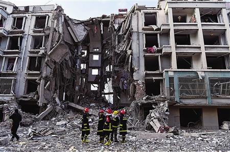 包头居民楼天然气爆炸 单元整体塌陷 3人死亡