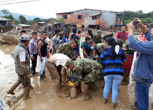 哥伦比亚泥石流遇难人数增至254人 数百人受伤