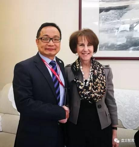 雪珥与美国前贸易代表巴尔舍夫斯基两度会面,盛赞她对中美经贸颇有卓见。