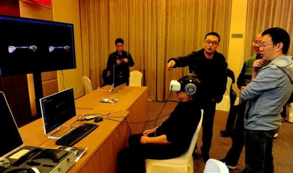 吸毒人员郑某提到,VR戒毒影片做的十分真实,尤其是在细节方面下足了功夫。