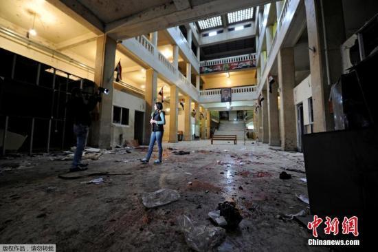 资料图:叙利亚发生炸弹袭击,致严重伤亡。事发时,正值法院的工作高峰期,法院大厦内聚集众多律师、法官及其他人员。