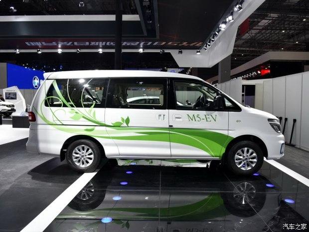 2017上海车展 东风风行菱智M5 EV发布