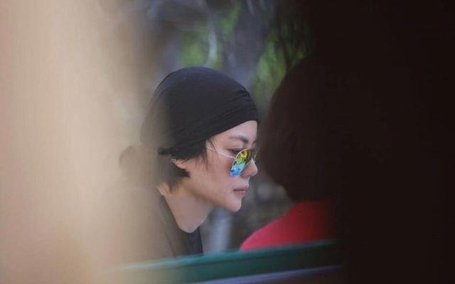 陈冠希在日本被偶遇:侧脸又帅回年轻时,土黄色地瓜帽真是亮瞎眼