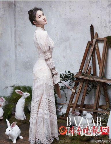 刘亦菲最新写真曝光 皮肤白皙身材有料 神仙姐姐就是美(图)