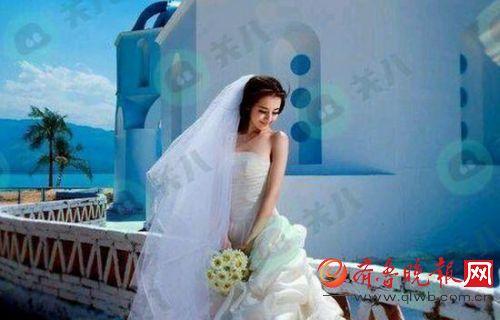 迪丽热巴大学时婚纱照曝光 迪丽热巴意外与娜扎同框比美