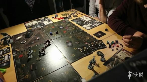 《黑暗之魂》实体桌游开箱 超高难度堪比原游戏!