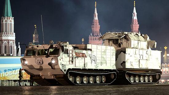 """""""道尔-M2DT""""防空导弹系统"""