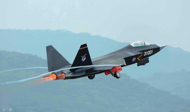 资料图:FC-31战机