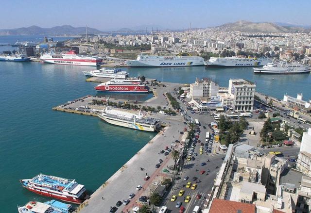 比雷埃夫斯港是希腊最大港口