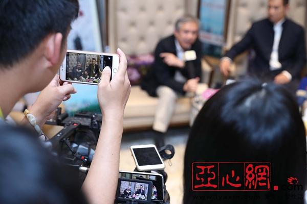 赵文卓感慨美食紧凑没办法安慰自己想念新疆的行程介绍北京图片