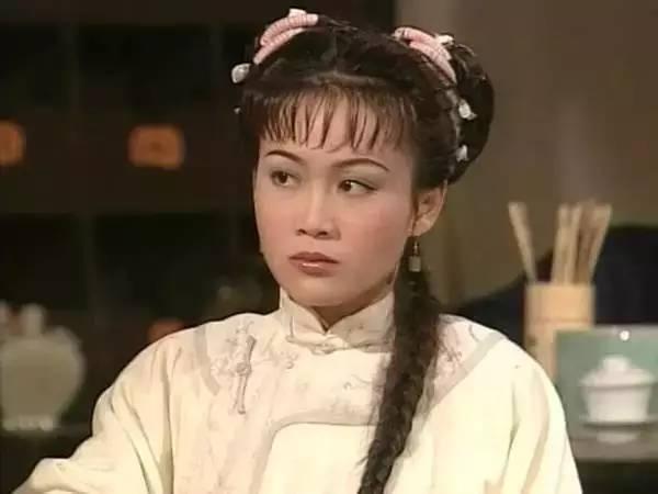 《鹿鼎记》里的阿珂,骄傲任性,个性刚烈却善良有情义,是韦小宝最