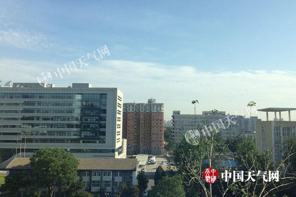 本日清晨,北京天气晴好。