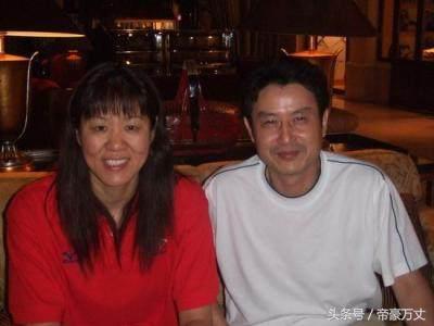 他是中国排球的功勋人物?同时也是中国体坛最不幸的教练员?