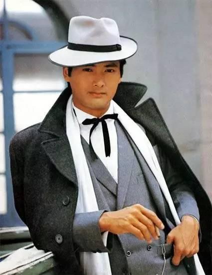 周润发 | 他是香港之子,印证了香港电影的黄金时代