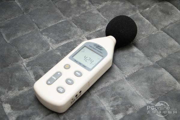 环境噪声42.4dB
