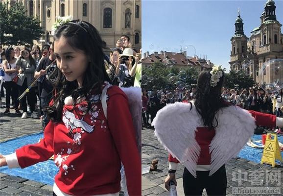Baby在布拉格录制跑男 化身天使超级漂亮