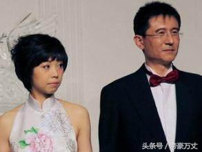 嫁一个大20岁的富商后不断被球迷指手画脚?张怡宁嫁给谁才对?