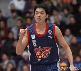 被《纽约时报》评为是中国第一位世界级的后卫?给姚明传球的人?