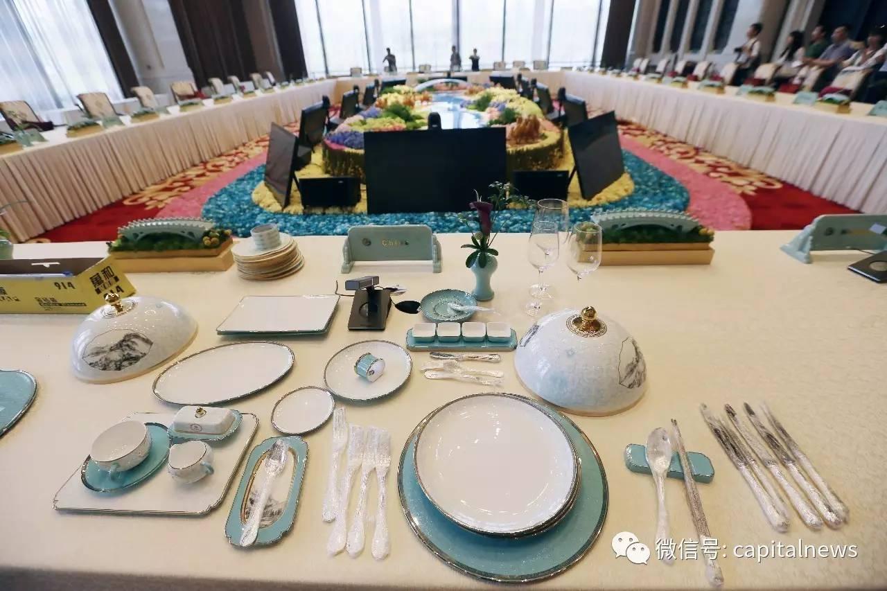 展现中国陶瓷文化的餐具