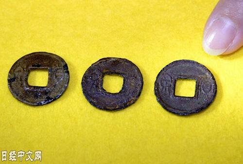 日本出土2千年前中国青铜币