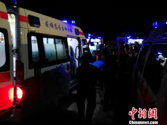 山西清徐煤矿透水事故救援结束,5人获救6人遇难。 李新锁 摄