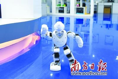 图为惠州新型研发机构研发的机器人.梁维春 摄
