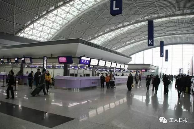 △平易近航局:护照能够作为无效伺机身份证件