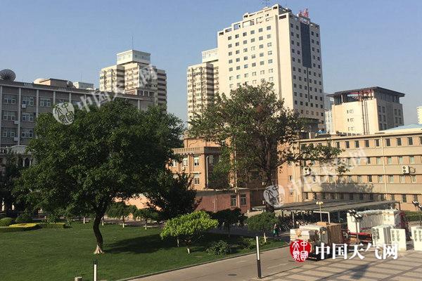 北京今明天晴热 端午假期首日将现35℃高温
