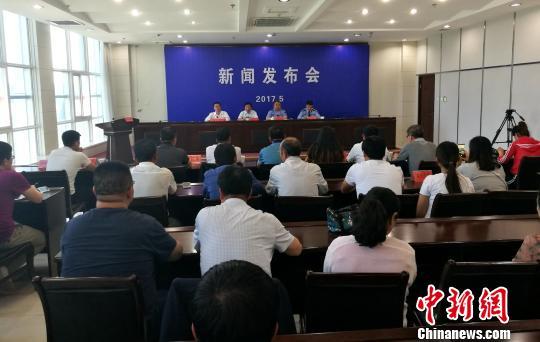 榆阳区官方26日通报称,幼儿园食材送检样品检验合格。 王永平 摄