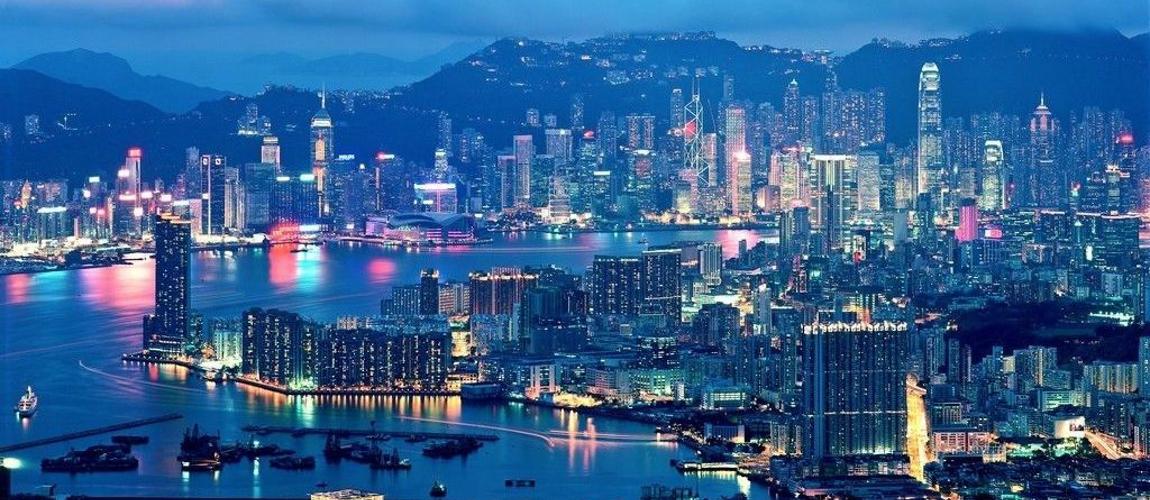 2017年香港经济总量_香港经济现状对比图